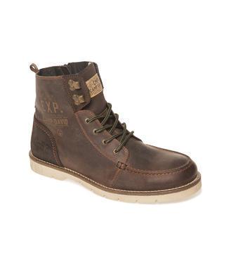 Tmavě hnědé boty nad kotníky