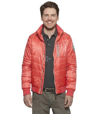 Polstrovaná červená bunda