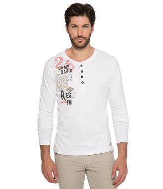 Bílé tričko s dlouhým rukávem a módními knoflíky