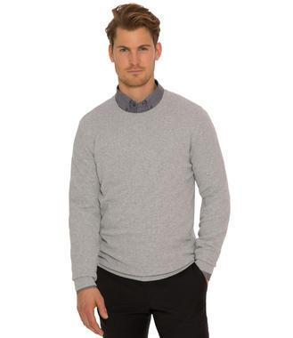 Světle šedý pletený svetr