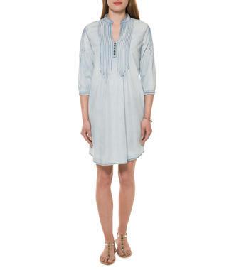 Světle modré šaty s efektem džínoviny